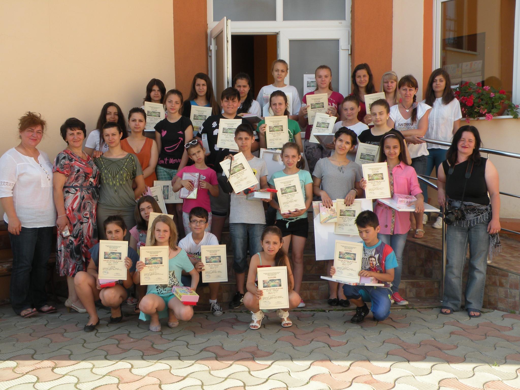 Clubul Copiilor Lipova , Atelierul Fanteziei – trei concursuri, noi premii , experiente frumoase si noi reusite importante