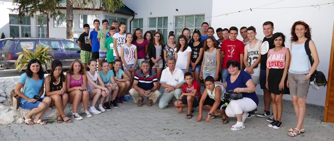 Tabere de vara în orasul Lipova, organizate de Uniunea Bulgara din Banat, prin proiectul « Unitate în diversitate în comunitatea bulgara »