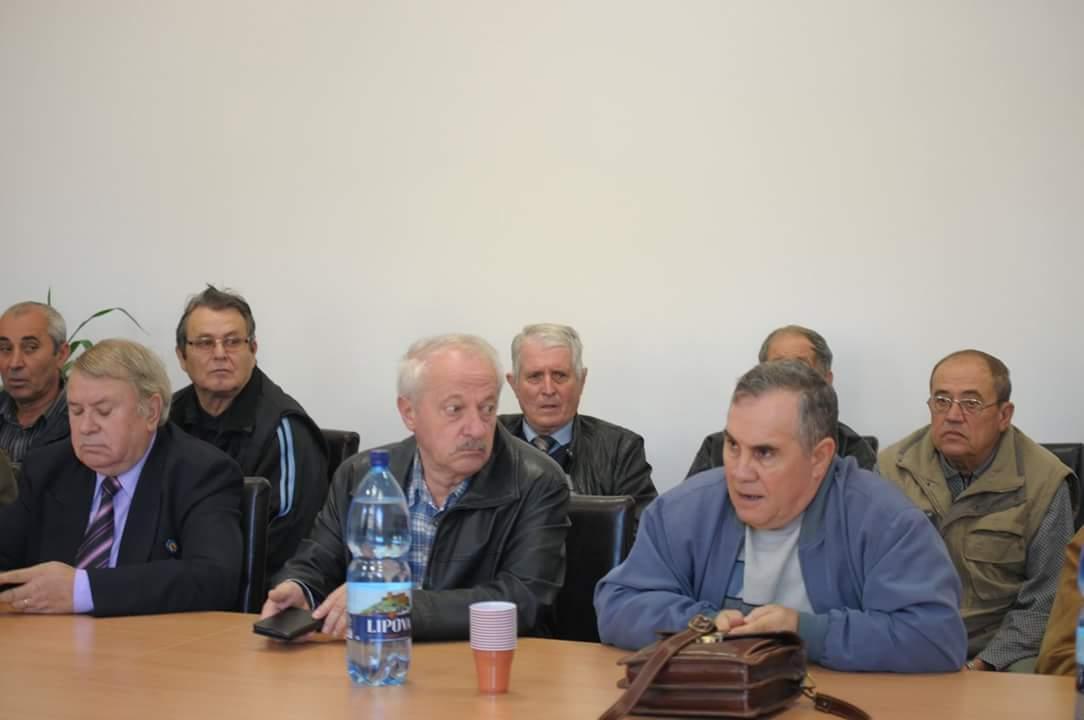 Mai multi pensionari au fost prezenti la seminarul organizat la Lipova