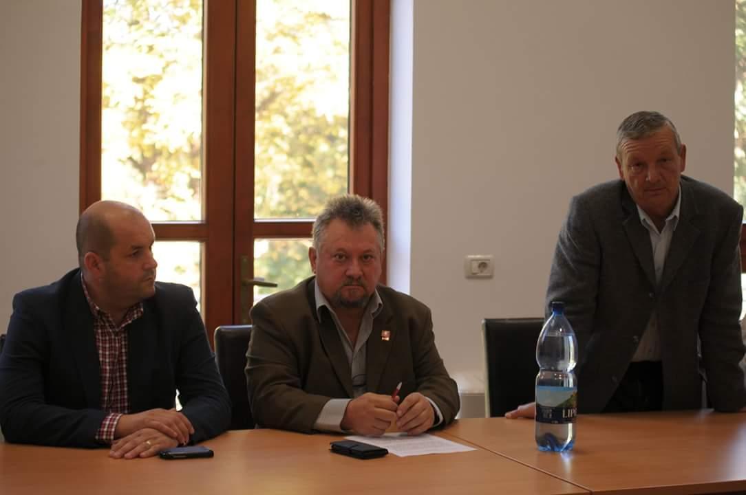 Mircea Iosif Jichici alaturi de invitatii speciali la seminar, Dorel Caprar si Mircea Cosor