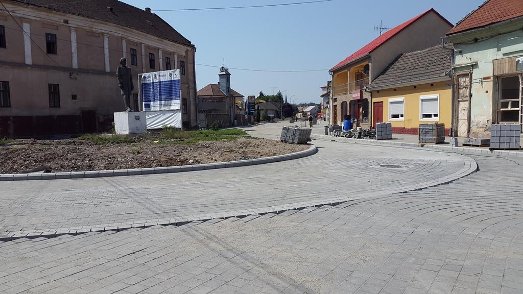 Noul sens giratoriu din Piata Nicolae Balcescu