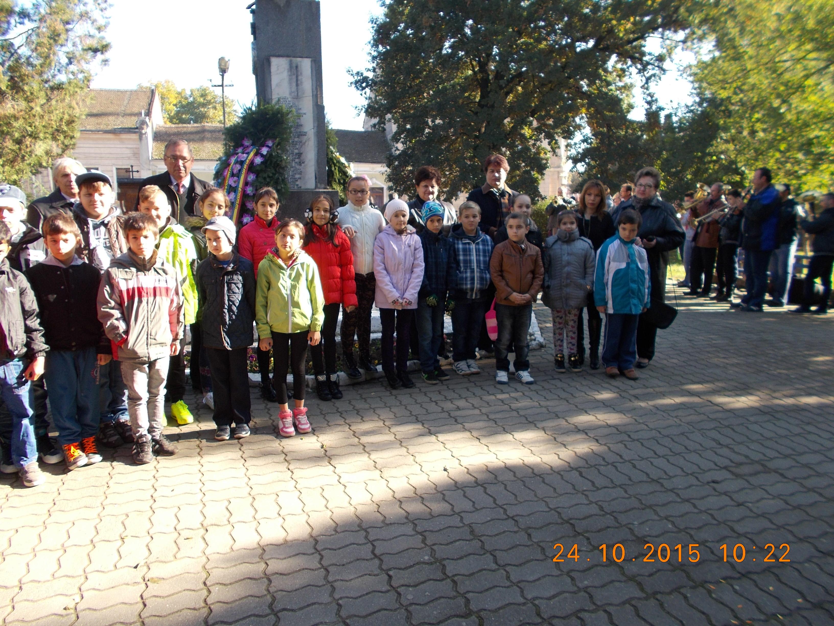Copiii au fost si ei prezenti la depunerile de coroane