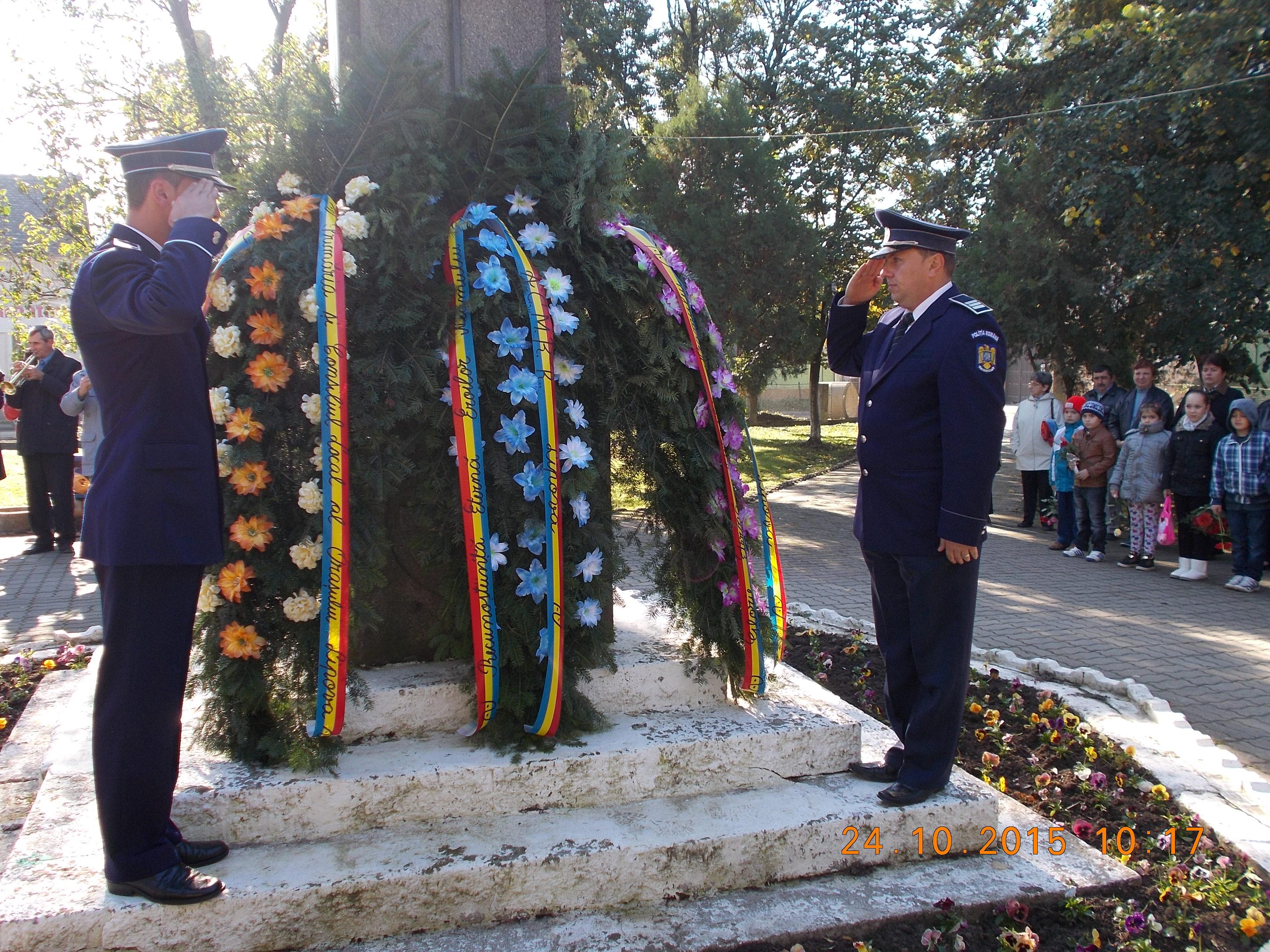 Reprezentanti ai Politiei au depus coroane la Lipova
