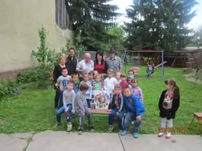 O prietenie frumoasă, trainică, văzută prin ochii copiilor şi educatoarelor de la Grădiniţa PN 3 Radna
