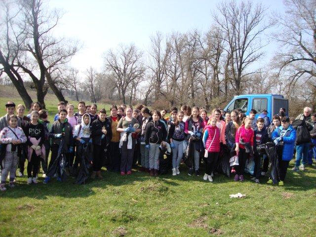 """""""Ziua Mondială a Apei""""  sărbătorită la Lipova Acţiune de igienizare şi protejare a resurselor de apă"""