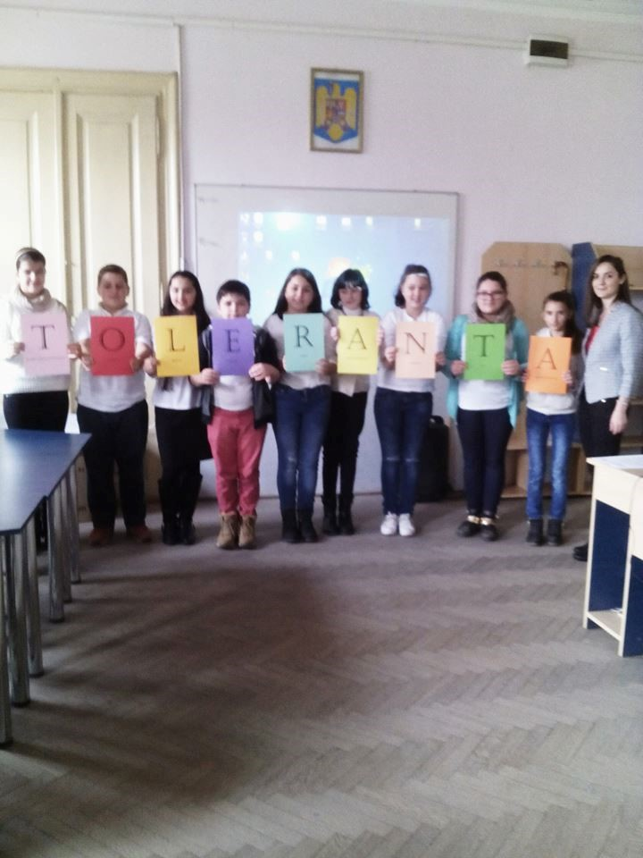 "Ziua Internationala a Tolerantei sarbatorita la Liceul ,,Atanasie Marienescu"""