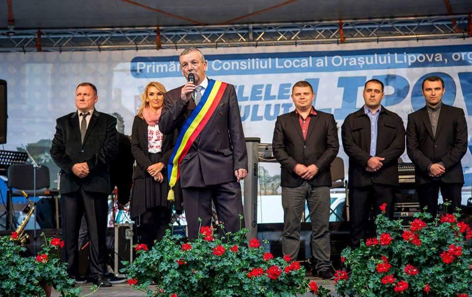 """""""Zilele Oraşului Lipova"""" - cea mai frumoasă sărbătoare a oraşului, şi-a reluat tradiţia începând din acest an"""
