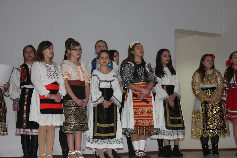 Cea de-a VI – a ediţie a Galei Voluntariatului la Lipova, şi-a recompensat voluntarii pentru toate activităţile derulate în anul 2016