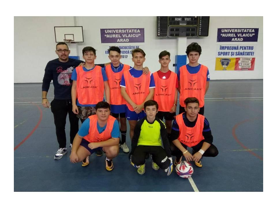 LICEUL ATANASIE MARIENESCU LIPOVA: Locul II pe judeţ la Cupa UAV –gimnaziu - fotbal băieţi.
