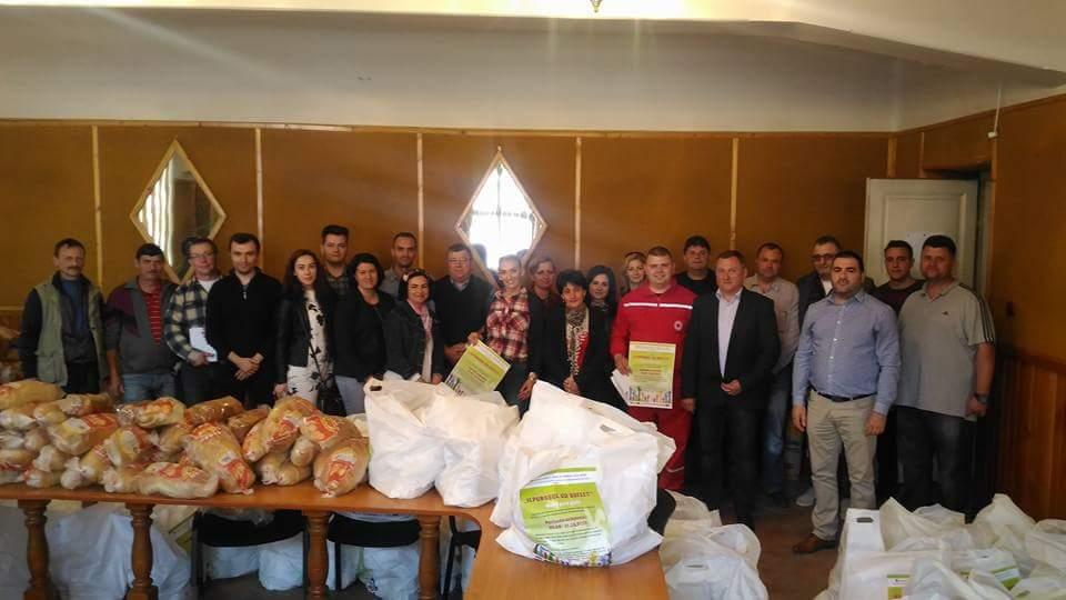 """""""IEPURAŞUL  CU  SUFLET – MÂINI  CARE  AJUTĂ"""", cea mai amplă campania caritabilă care a ajuns în sufletul şi în casele a peste  100 de persoane nevoiaşe"""