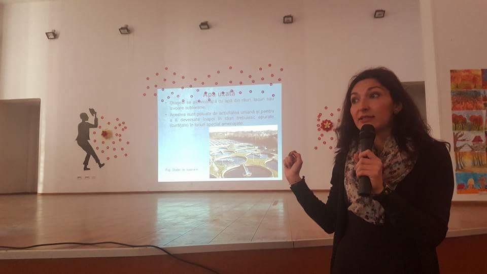 """""""Ziua Mondială a Apei – APA ŞI APA UZATĂ"""" - Acţiune de igienizare şi protejare a resurselor de apă, desfăşurată în Oraşul Lipova"""