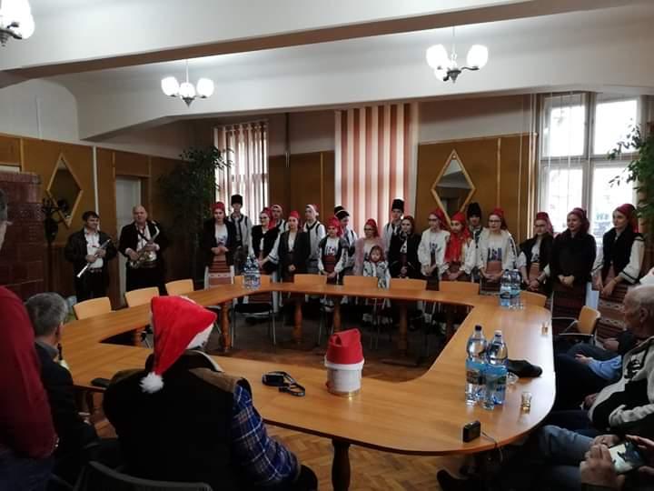 Tradiția prieteniei germane-române dintre orașele Lipova și Saarland, continuă an de an, pin vizita delegației germane la Lipova,  în perioada sărbătorilor de iarnă